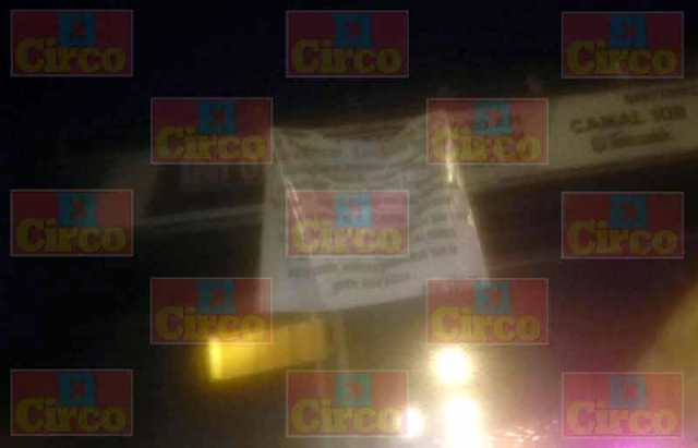 ¡Cuelgan narco-manta en el puente ubicado junto al Penal en Aguascalientes!