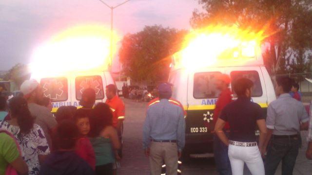 ¡Caída de gradas en un rodeo-baile en Aguascalientes dejó 12 lesionados!
