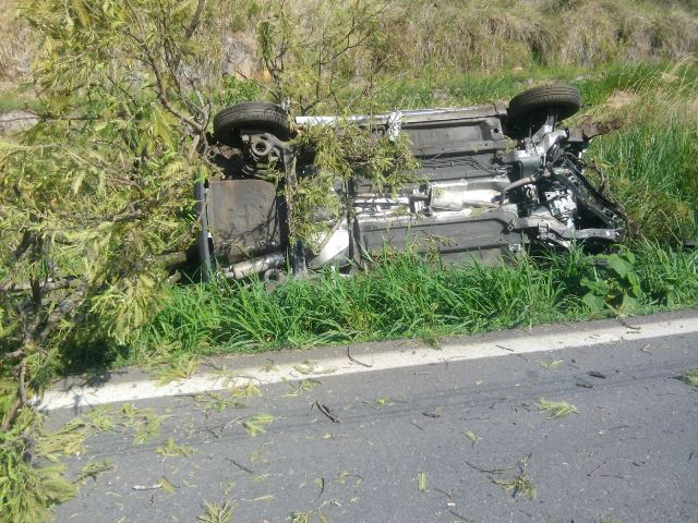 ¡Familia de Aguascalientes se accidentó en la carretera a Tamazula, Jalisco, y murió un bebé de un año!