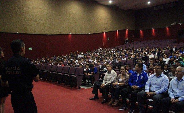 ¡Comienza en Pabellón de Arteaga periodo de conferencias contra las adicciones!
