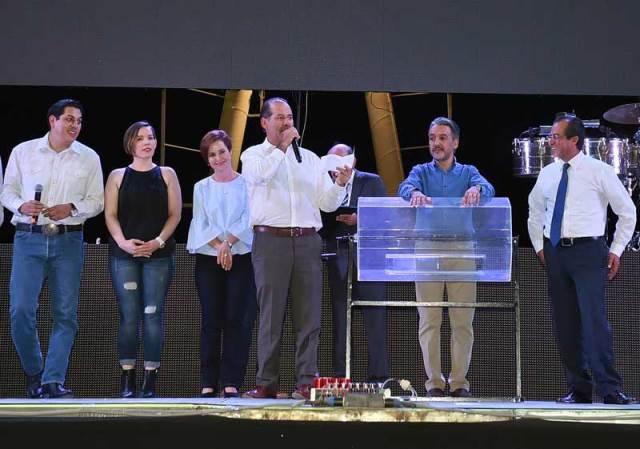 ¡El servicio público representa un gran compromiso con Aguascalientes: MOS!