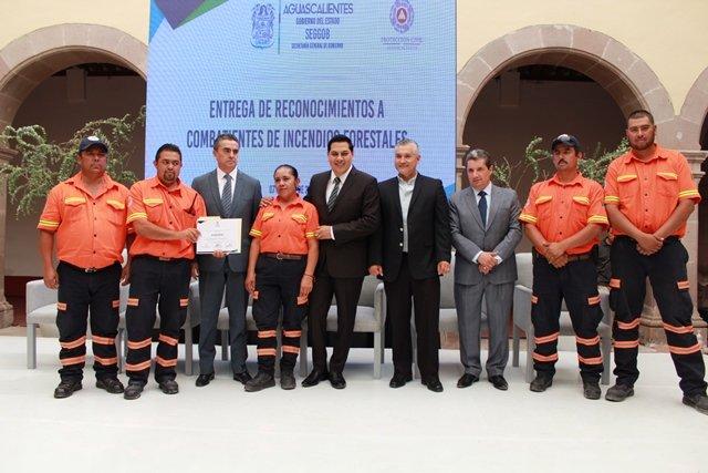 ¡Reconoce Gobierno del Estado a combatientes de incendios forestales!