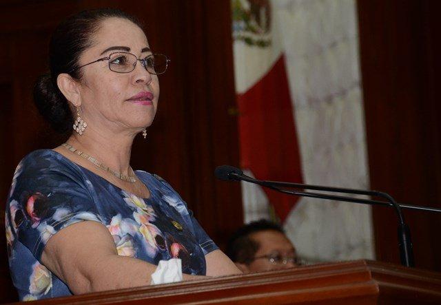 ¡Diputada priista denuncia abusos policíacos en municipios del interior!