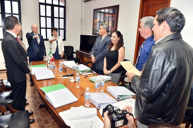 ¡Junta de Gobierno de Hospital Hidalgo ratifica nombramiento de nuevo director!