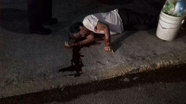¡Hombre murió de una caída de su propia altura en la vía pública en Aguascalientes!