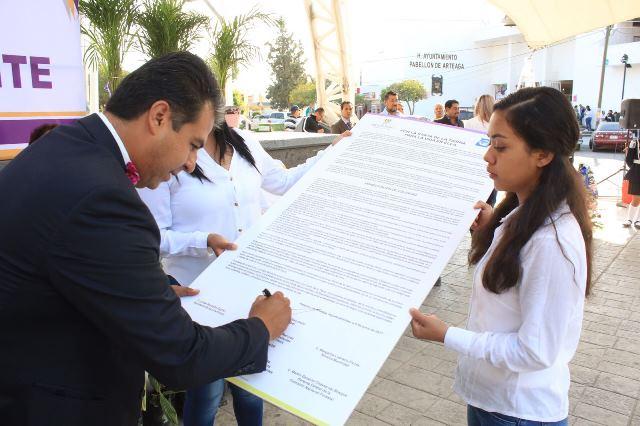 ¡Firma Ayuntamiento de Pabellón de Arteaga manifiesto de voluntad por el medio ambiente!