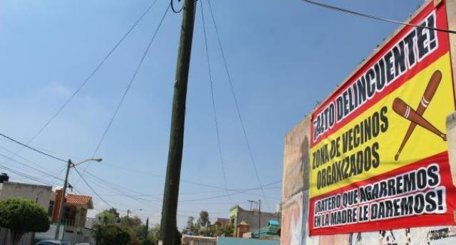 ¡Vecinos de Boulevares amenazan a delincuentes con lincharlos!