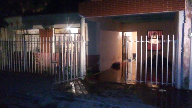 ¡Drogado sujeto intentó suicidarse al tratar de incendiar su domicilio en Aguascalientes!