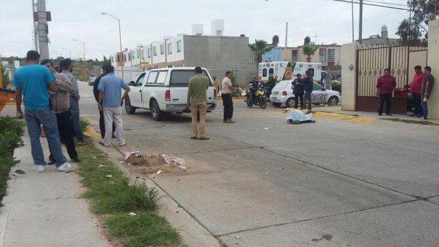¡Alcohólico muere en plena vía pública en Aguascalientes!