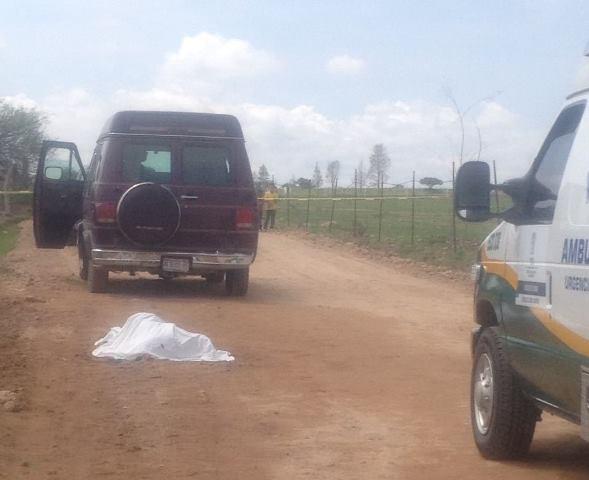 ¡Ancianito muere atropellado por una camioneta en un camino de terracería en Aguascalientes!