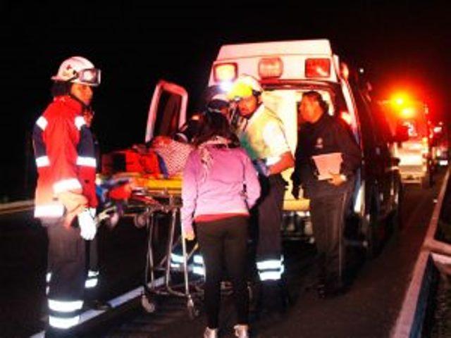 ¡Médicos de la risa que viajaban a Aguascalientes se accidentaron en Guanajuato: 1 muerta y 11 heridos!
