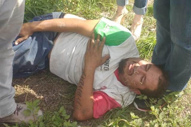 ¡Trabajador casi se amputa una pierna tras un accidente en Lagos de Moreno!
