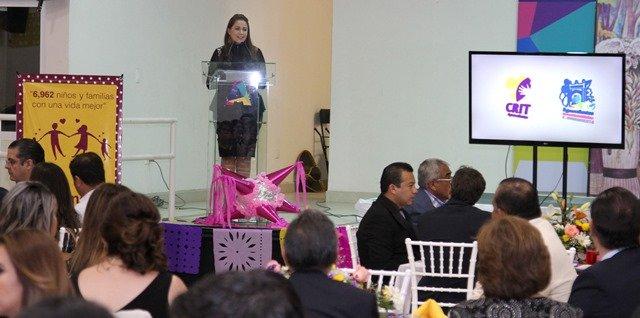 ¡Refrenda Tere Jiménez apoyo a favor de personas con discapacidad!
