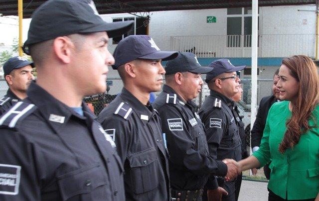 ¡En un hecho histórico, anuncia Tere Jiménez incremento de 8 por ciento directo al salario base de policías!