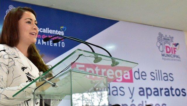 ¡Reitera Tere Jiménez su compromiso por trabajar en beneficio de personas con discapacidad!