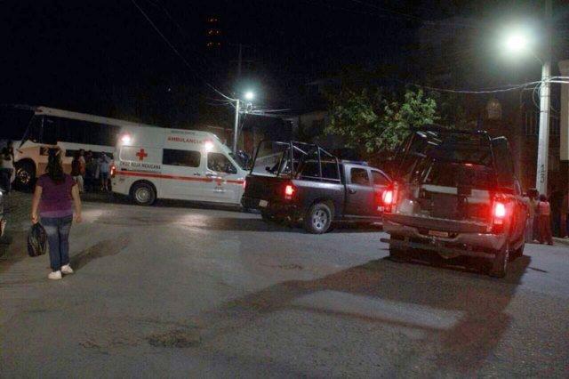 ¡Adolescente fue ejecutado a balazos frente a una Telesecundaria en Zacatecas!