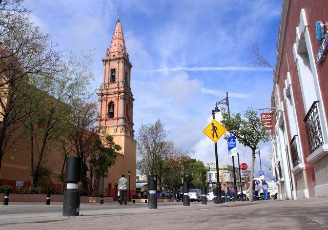 ¡Tere Jiménez inaugura obras en calle Primo Verdad!