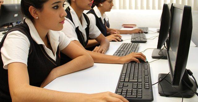 ¡Alumnos de nuevo ingreso a escuelas normales participarán en curso propedéutico de verano de inglés!