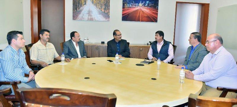 ¡Madereros manifiestan ante el Gobernador del Estado su confianza en Aguascalientes!