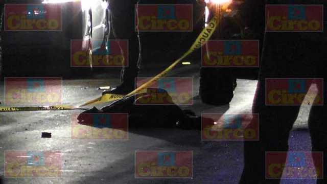 ¡Motociclista perdió la vida impactado por una camioneta en Fresnillo!