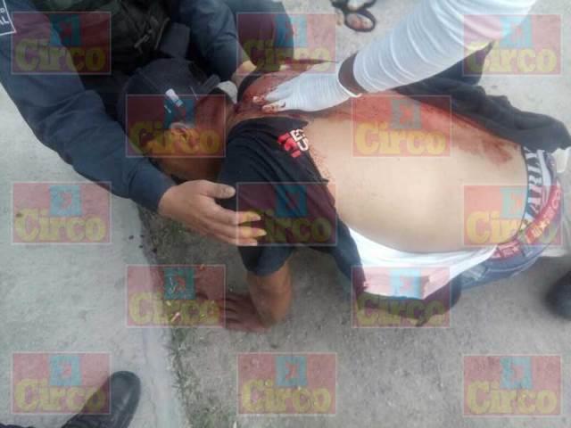 """¡Grave hombre al que no pudieron """"levantar"""" y apuñalaron en Lagos de Moreno!"""