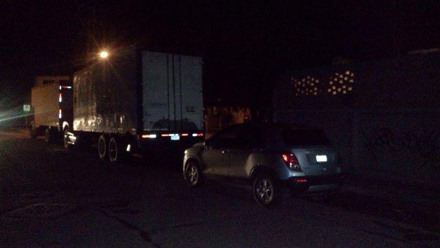 ¡Encuentran muerto a un hombre en su vehículo en Aguascalientes!