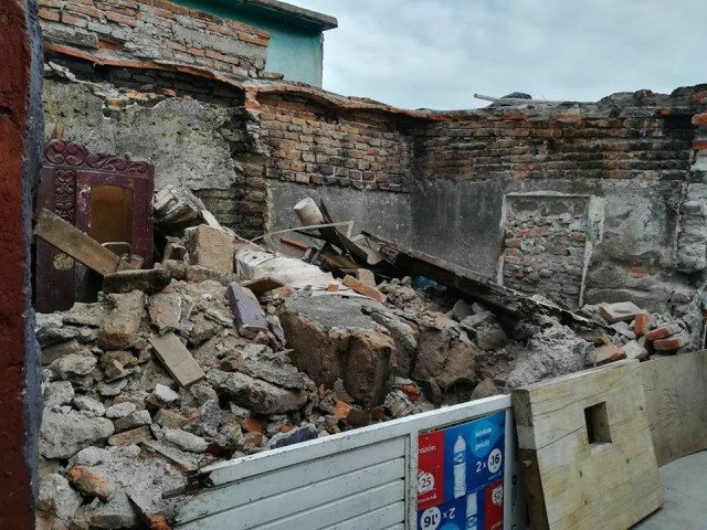 ¡Se derrumba una casa en el Barrio de San Marcos en Aguascalientes!