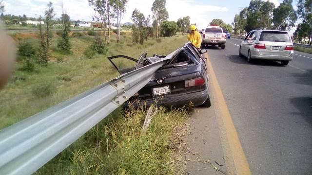¡Grave hombre tras fuerte accidente automovilístico en Calera, Zacatecas!