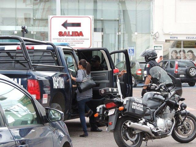 """¡Mujer fue víctima de 2 """"paqueras"""" en Aguascalientes: $7 mil el botín!"""