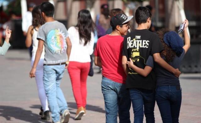 ¡El ISSEA promueve en jóvenes medidas para prevenir adicciones y violencia en el noviazgo!