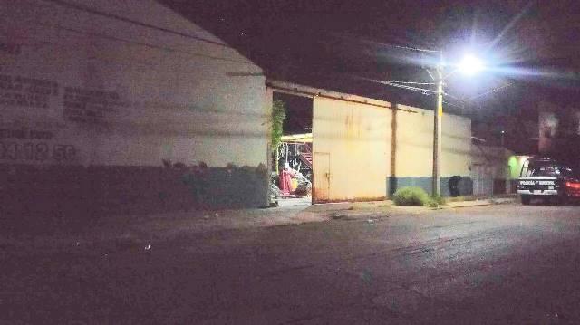 ¡Aseguraron vehículos robados en una bodega de autopartes en Aguascalientes!