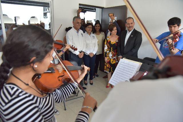¡Ponen en marcha el gobernador del estado y el alcalde de Jesús María la segunda etapa de la Casa de Música!