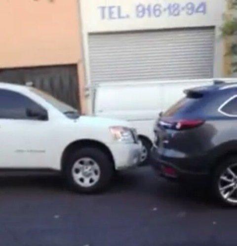 ¡Incidente vial entre civiles y agentes ministeriales en Aguascalientes; hubo balazos!