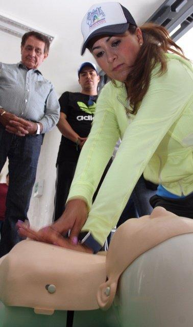 ¡Tere Jiménez sigue impulsando programas de prevención de accidentes en el hogar, trabajo y escuelas!