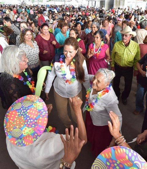 ¡Celebra Tere Jiménez festival para conmemorar a las y los adultos mayores de Aguascalientes!