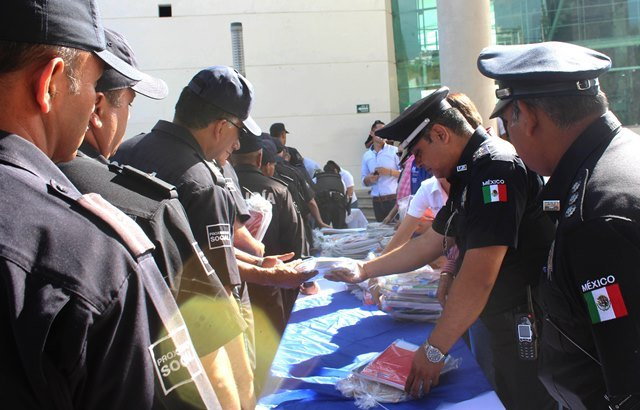 ¡El Municipio de Aguascalientes entregó útiles escolares a elementos de la SSPM!