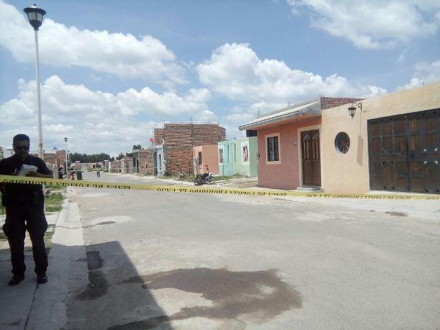 ¡Intentaron ejecutar a balazos a 2 jóvenes en Lagos de Moreno!
