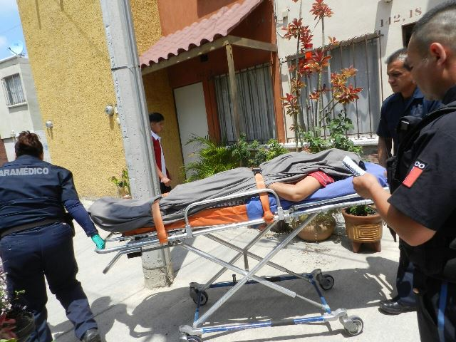 ¡Mujer se intoxicó con pastillas y alcohol para matarse en Aguascalientes!