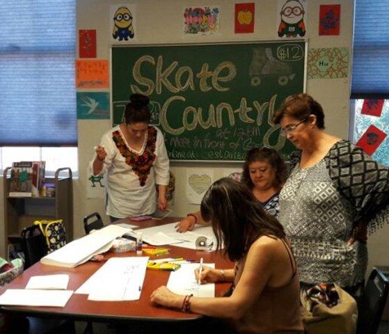 ¡Maestros de inglés participan en capacitaciones internacionales en universidades de Texas y Arizona!