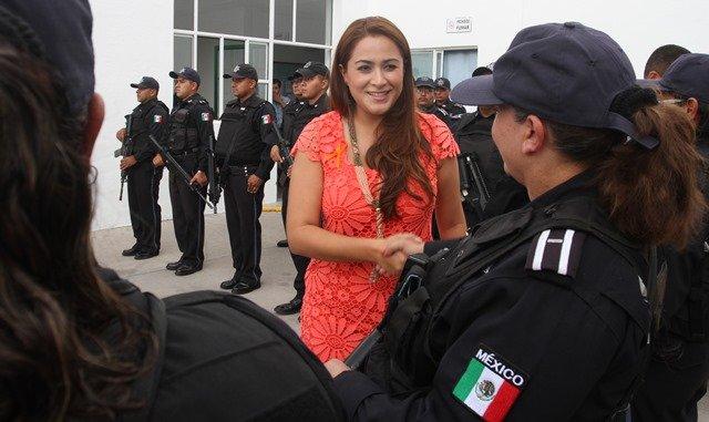 ¡Llama Tere Jiménez a elementos policiacos para redoblar esfuerzos!