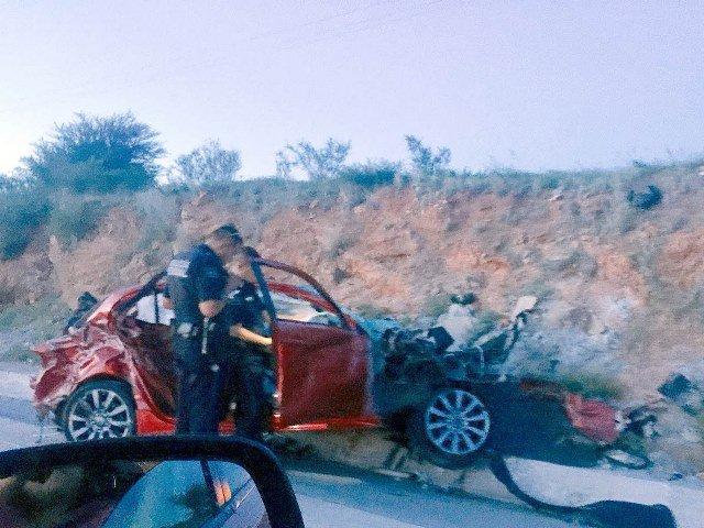 ¡Militar se salvó de morir tras fuerte accidente en Guadalupe, Zacatecas!