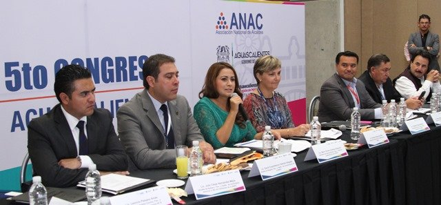¡Tere Jiménez realizó un llamado a los alcaldes a construir un México basado en el humanismo político!