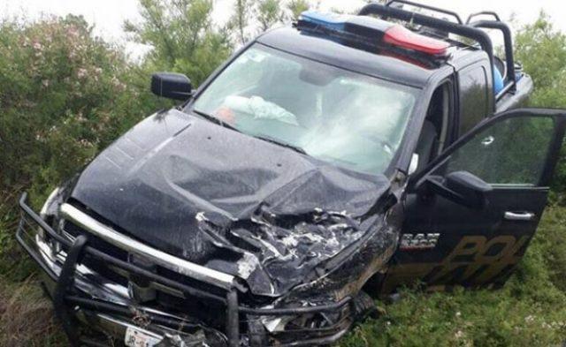 ¡Patrulla de la Fiscalía de Jalisco chocó contra un auto en Zacatecas: 1 muerto y 1 herido grave!