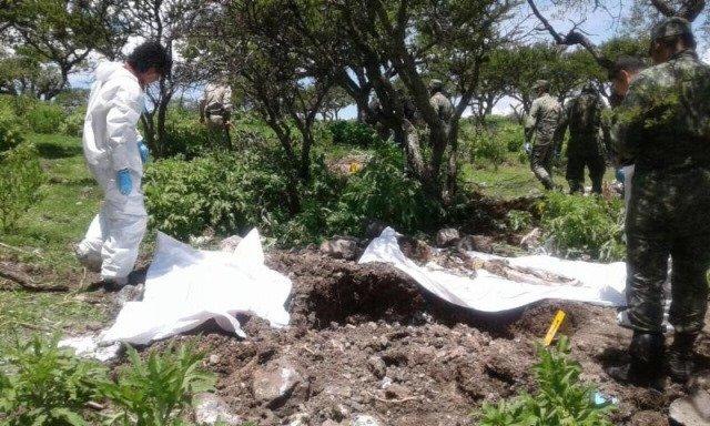 ¡Localizaron una fosa clandestina en Valparaíso, Zacatecas, con 14 cuerpos sin vida!