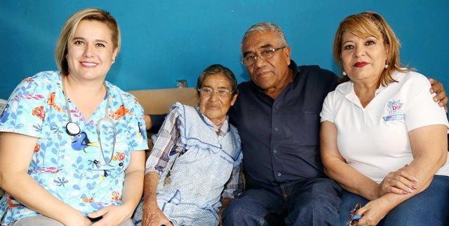 ¡El DIF Municipal brinda atención médica a los adultos mayores en situación vulnerable o de abandono!