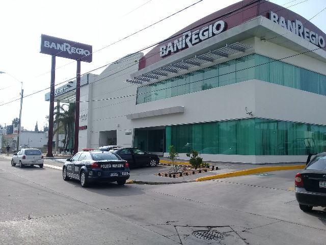 """¡Mediante un """"boquetazo"""" asaltaron la sucursal del banco BANREGIO en Aguascalientes!"""