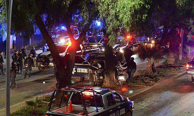 ¡Patrulla de la PEP chocó contra un árbol en Zacatecas: 5 policías lesionados!