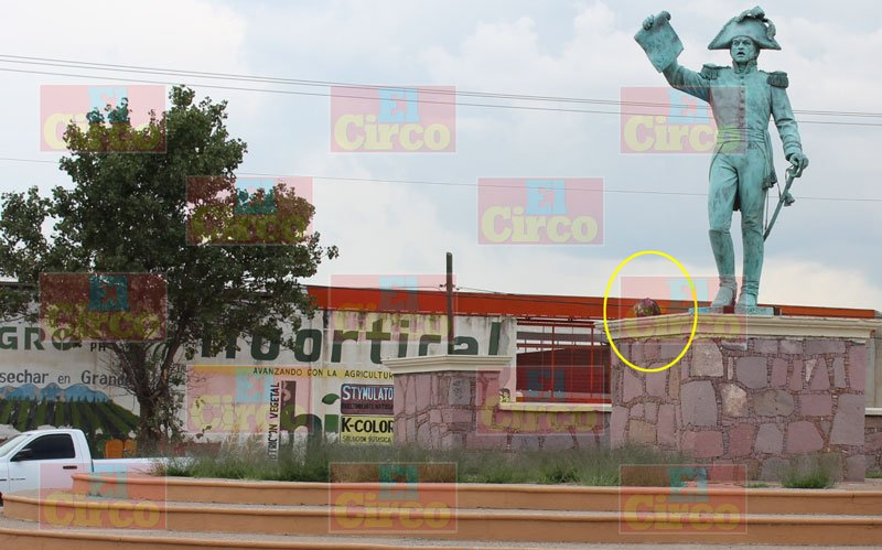 ¡Dejan cabeza humana en la Glorietadel Bicentenario en Calera, Zacatecas!
