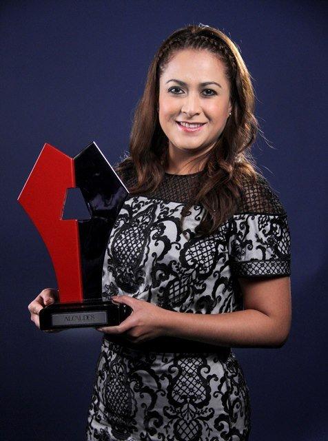 ¡Por ser Aguascalientes la mejor ciudad para iniciar negocios en México, Tere Jiménez recibe galardón!
