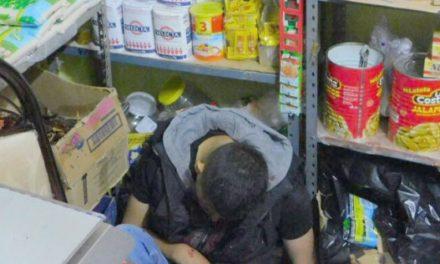 ¡Dentro de una tienda de abarrotes, ejecutaron a un hombre de un balazo en la cabeza en Fresnillo!